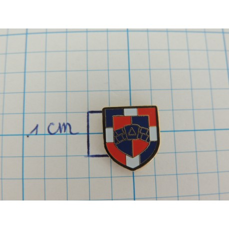 Pin RA